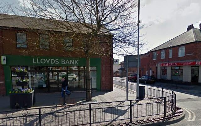 Lloyds branches across Gedling borough at risk as bank announces 200 are to close