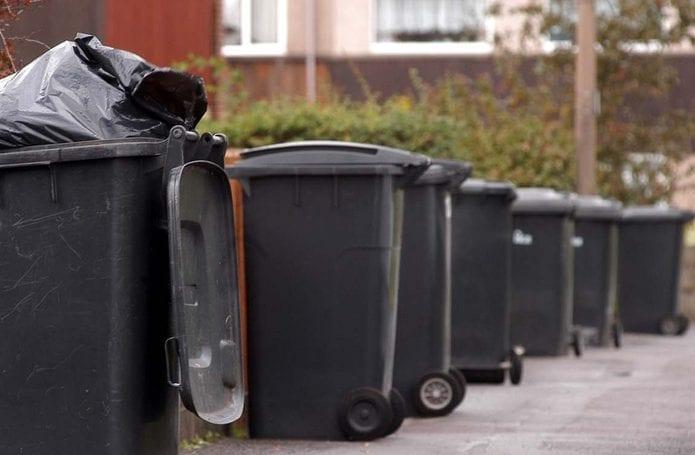 Bin collections in Gedling borough 'operating as normal' during coronavirus lockdown – but residents are being urged to put bin out night before collection