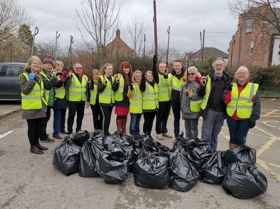 Volunteers take action on borough's litter for Gedling Big Spring Clean event