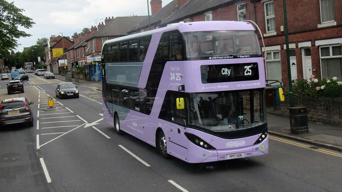 A Lilac 25 bus in Carlton
