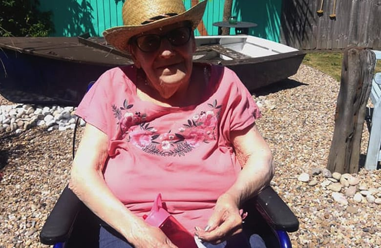 'Life's a beach' for Arnold care home residents transported to beach-themed pop-up restaurant